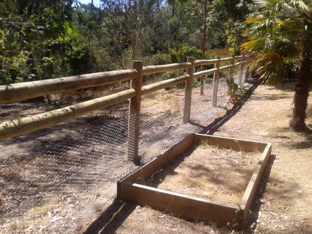 Post & Rail Fence Warranwood