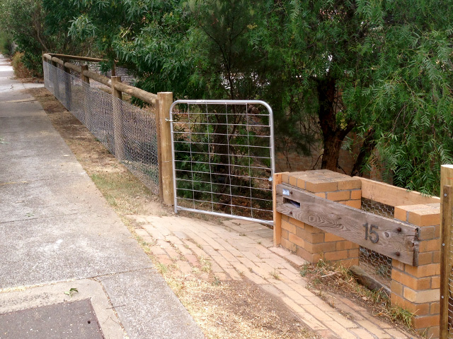 Post & Rail Fence - Ivanhoe
